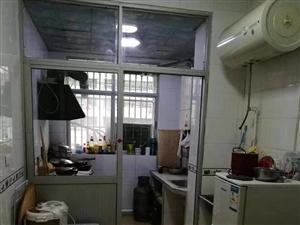 铁东北路奔马小区3室2厅,精装出租,拎包入住