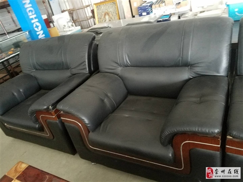 各种二手沙发 装修自家用的都有