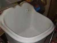 用不到的馬可波羅陽臺盆和一個小號不銹鋼水槽