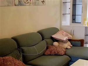 水榭丹堤3室2厅1卫2200元/月拎包入住