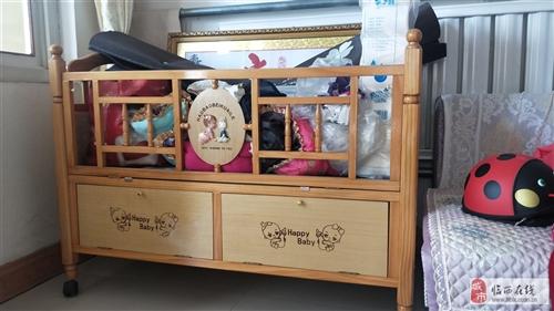 閑置嬰兒床