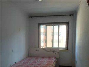 荣和家园4楼78平2室2厅1卫8000元/月