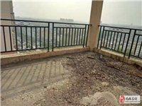 金凤花园电梯房复式楼5室2厅4卫70万元急售!