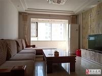 山水华庭118平通透户型精装带小房82万