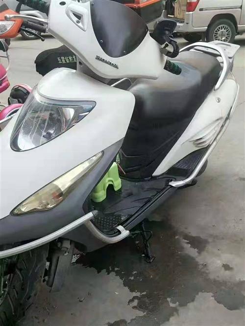 出售本田踏板摩托车一辆或者置换一辆大踏板电动车