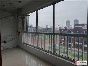 学院花园3室2厅2卫186万元带储赠车位
