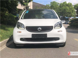 【C001】2015款smart fortwo 1.0L,�H售8.88�f