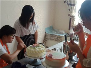 枣庄西点技术培训,枣庄烘焙裱花培训枣庄蛋糕甜点培训
