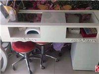 甲桌、货柜、美容床?#22270;?#20986;售