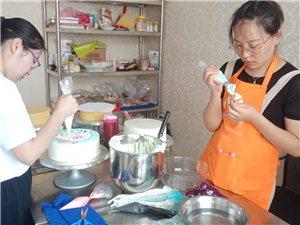 济宁免费烘焙培训 济宁西点蛋糕培训济宁裱花甜点学习