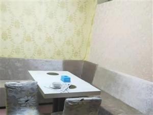 中餐馆一批餐桌、设备等低价处理