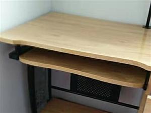 九成新电脑桌300元低价出售
