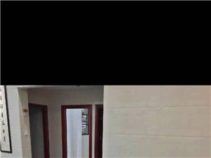 金沙水岸3室2厅2卫2300元/月