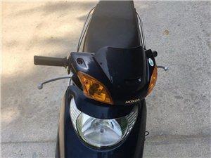 本田公主100踏板摩托�