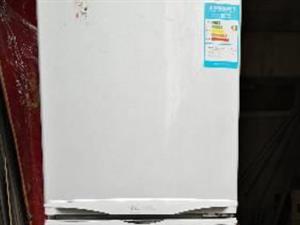 600元/海��冰箱原�b九成新