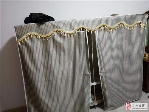 2個簡易實木衣柜低價處理、租房最佳選擇