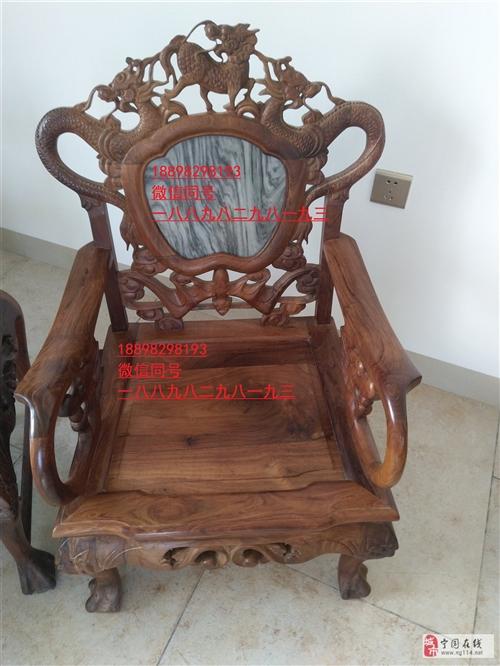 (圖片)海南黃花梨家具一套,300萬元