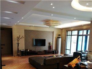金地兰乔圣菲4室2厅2卫137万元