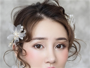 青海梵珂化妝學校-零基礎能入門學習彩妝嗎?