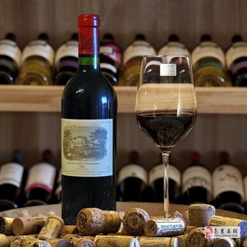 南京回收红酒,回收进口红酒,原装红酒回收价格多少钱