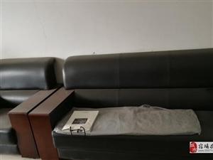 一套�k公桌椅低�r出售