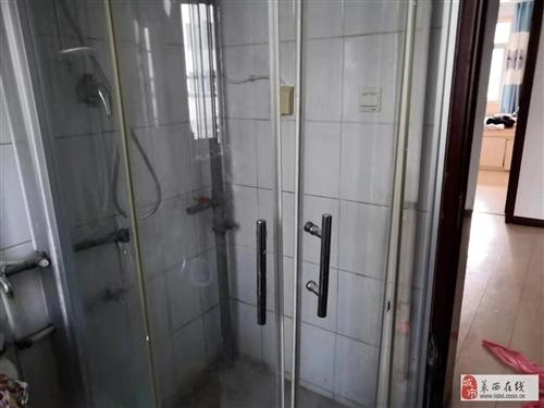 玻璃淋浴房、全新未開封電腦桌、1米8大床出售