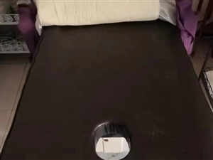 低价处理美容床,小推车,小凳子,茶几沙发