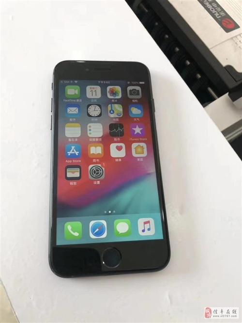 32GiPhone7国行999元便宜卖!