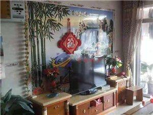 龙腾嘉园4室2厅2卫2600元/月