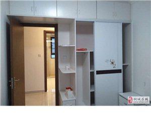 繁华地段碧桂园2室2厅1卫1800元/月精装修家具家电齐全拎包入住
