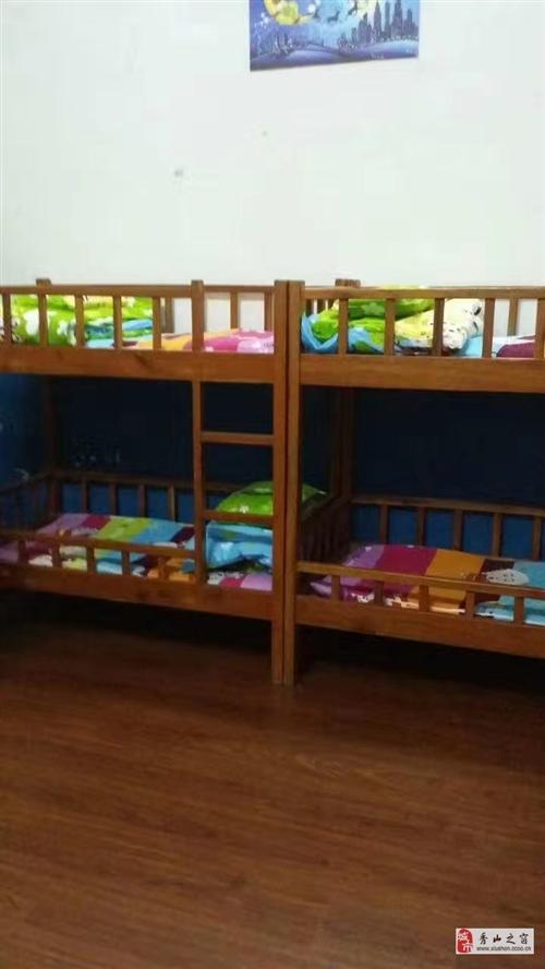 出售幼兒園高低床,被子棉絮等