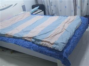 1.5,米箱床双人床加两个床头柜
