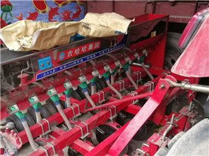 出售14行小麦播种机
