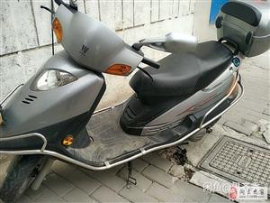 豪爵125摩托車便宜賣了