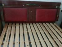 床和书桌低价甩卖
