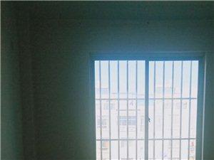 博南春天3室2厅2卫58万元