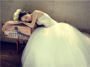 美女婚纱的诱惑力
