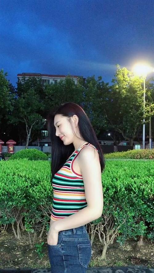 听说...我就是你心动的那个女孩???#你喜欢的样子我都有#养生蹦迪