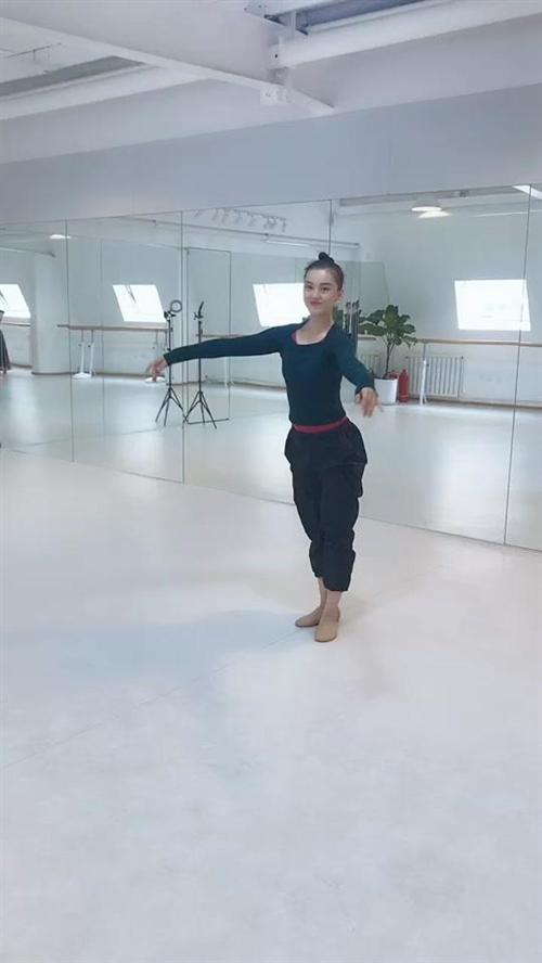 #舞蹈#舞蹈培训#藏族舞@抖音小助手