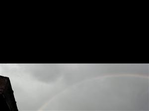 小时候才见到过的彩虹,今天出现了。