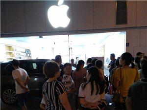富顺时代广场苹果店有涉嫌欺骗民众