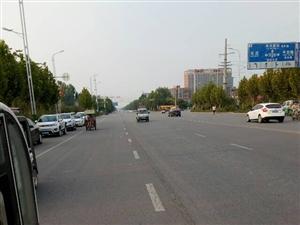 毛庄路口红绿灯坏