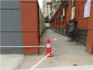 低,更低了……解放路天桥建筑公司家属楼进门小胡同