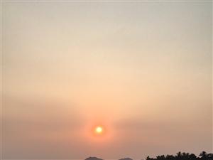朝霞与夕阳
