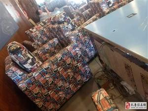 便宜出售�W吧座椅,需要的���系