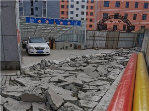 书香门第小区正门城市改建问题