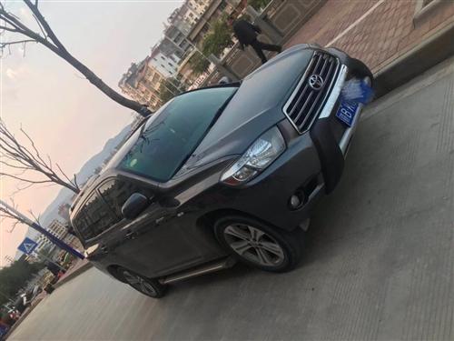 2011年丰田汉兰达2.7豪华版7座