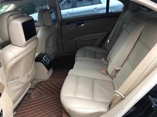 12款S300L商务型奔驰