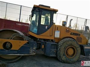 本人在外地发展,现将2013年山东临工22吨压路机