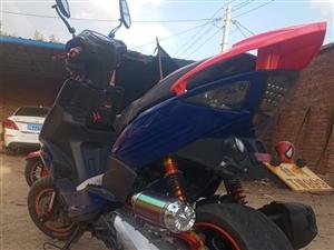 鬼火改装宽胎踏板摩托车